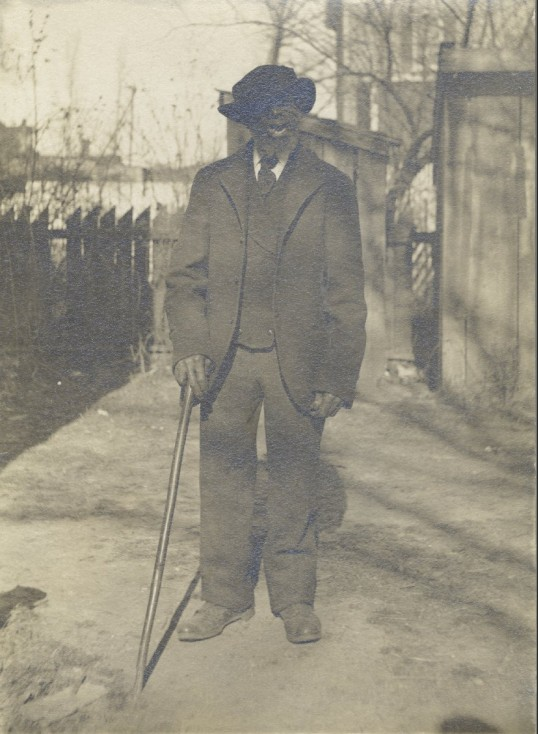 """Portrait of """"Uncle Peter"""" Briggs, postcard, undated (University of Virginia Library, Special Collections)"""
