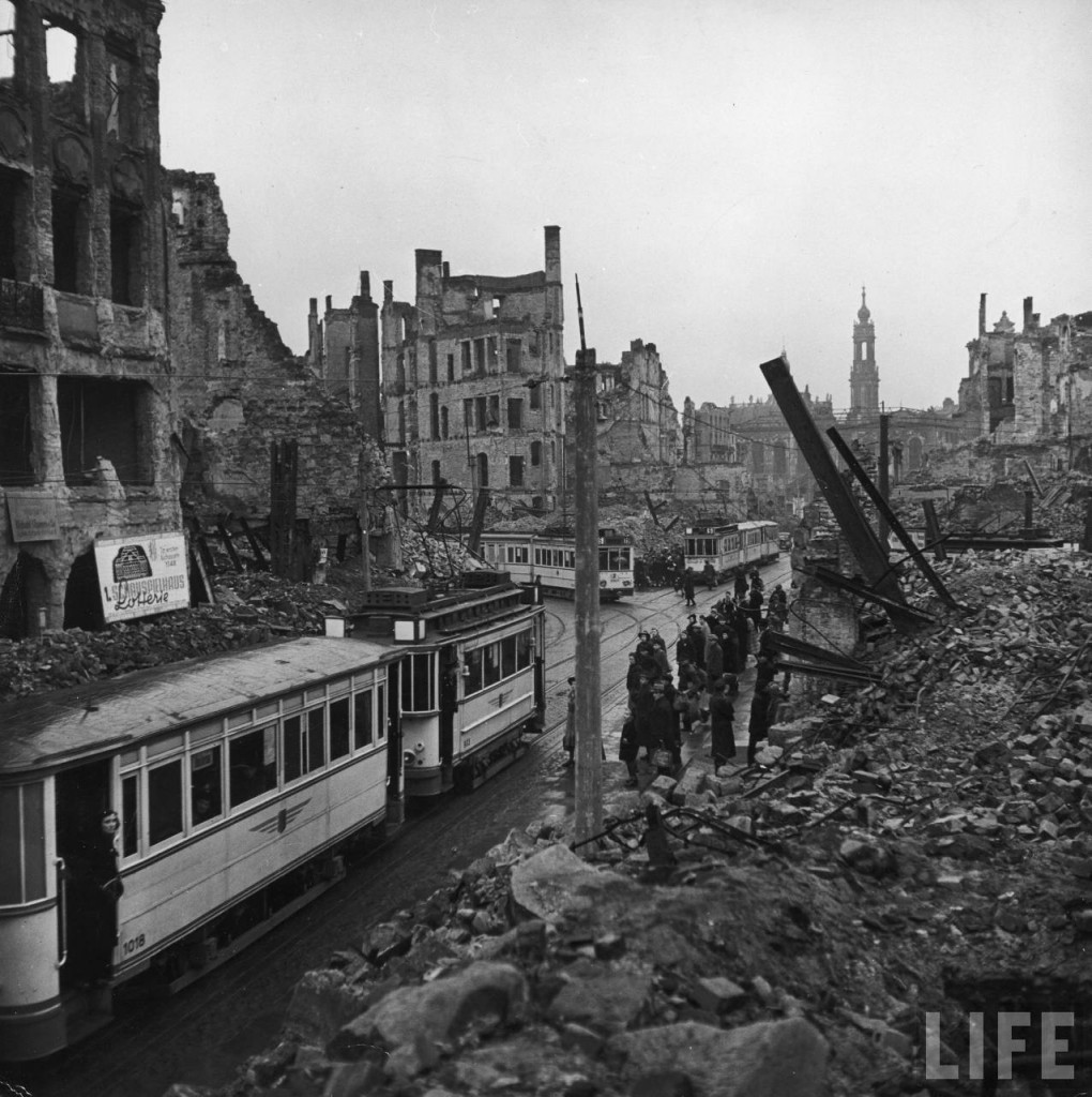 Dresden, Germany, 1946 (William Vandivert, Life magazine)